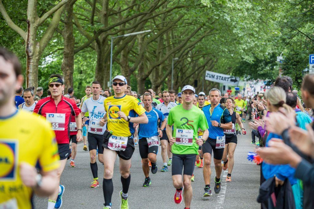 Klettergurt Herren Leichtathletik : Optimale bedingungen beim 15. heilbronner trollinger marathon 2015